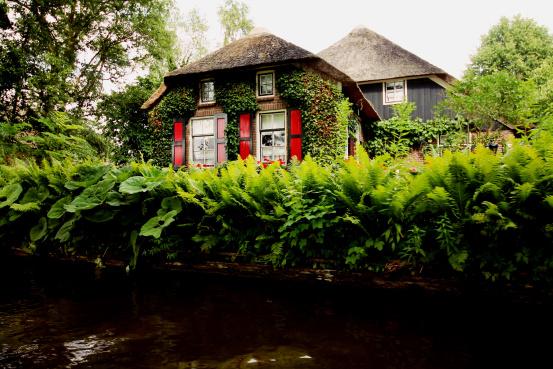 Droga inspiracji - domki Giethoorn.jpg